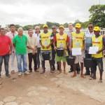 Flanelinhas recebem fardamento e certificado de Relações Humanas. Foto: William Junior/Portal Pindaré