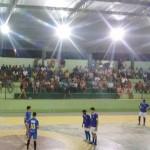 No primeiro duelo o time da escola Cema venceu a equipe da escola Cenec.