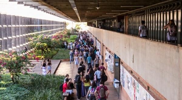 MEC libera R$ 1 bilhão para universidades e institutos federais