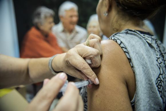 vacinacao contra gripe