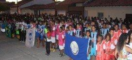 """""""Estamos reconstruindo os sonhos de centenas de crianças e jovens"""", diz prefeito Henrique Salgado durante abertura dos JEP'S 2018"""