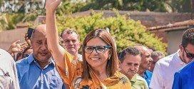 Candidata Roseana Sarney participa de carreata nesta quinta-feira(30) em Pindaré Mirim