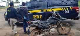 Polícia Rodoviária Federal prende motociclista com documento falso na BR-316 em Santa Inês
